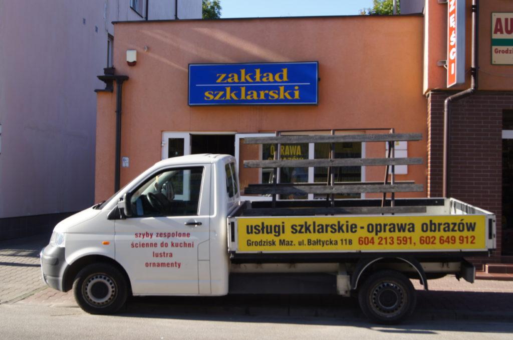 Zakład, Szklarz